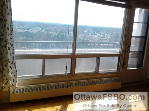One of the brightest and sunniest 2-bdrm condos in Ottawa for sale (Merivale & Meadowlands)