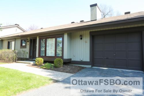 AMBERWOOD VILLAGE, STITTSVILLE.  BEAUTIFUL BUNGALOW