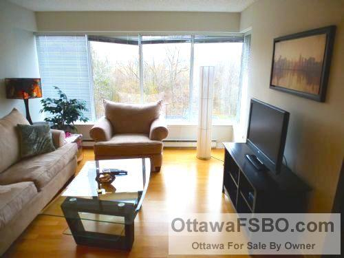 Beautiful 1 Bdm Condo, Manor Park, Pkg, May 1